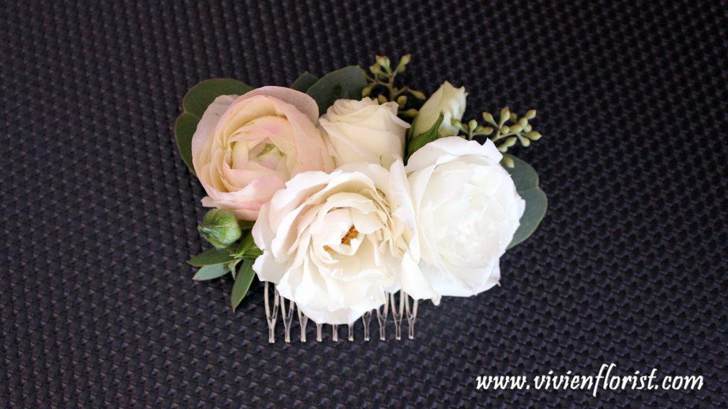 Ranunculus and roses hair pin