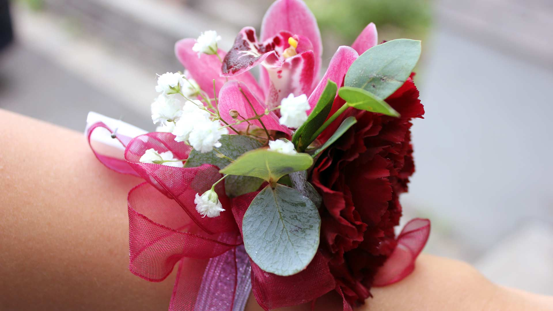 Montreal boutonniere / corsage