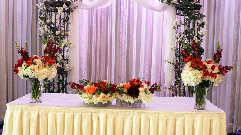 Montreal West Island Wedding Centerpiece