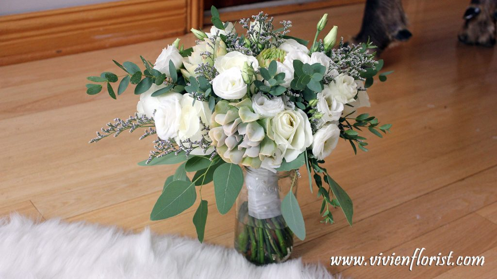 Natural white and green succulent bridal bouquet in Montreal