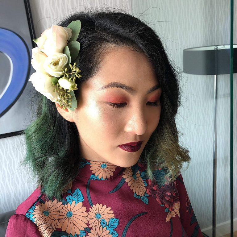 Trendy wedding hair pin